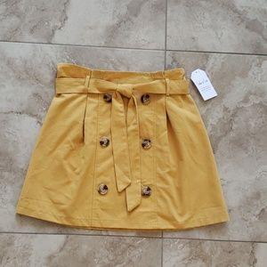 Sadie & Love girl's skirt. NWT Size M